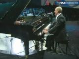 Путин поет и играет на рояле Полный пиздец! прикол, угар, пиздец, ржачно, смешно, интересно, удивительно, прикольно