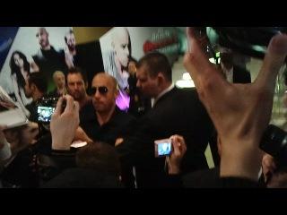 """Вин Дизель,Дуэн Скала Джонсон и Пол Уокер на премьере """"Форсаж 5"""" в Москве"""